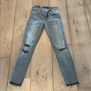 Brand new grey J brand stretch jeans